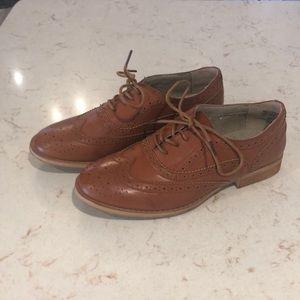 Wingtip Oxford shoes rust color SZ 8 NEW